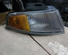 Señalero derecho KIA Sephia 1993