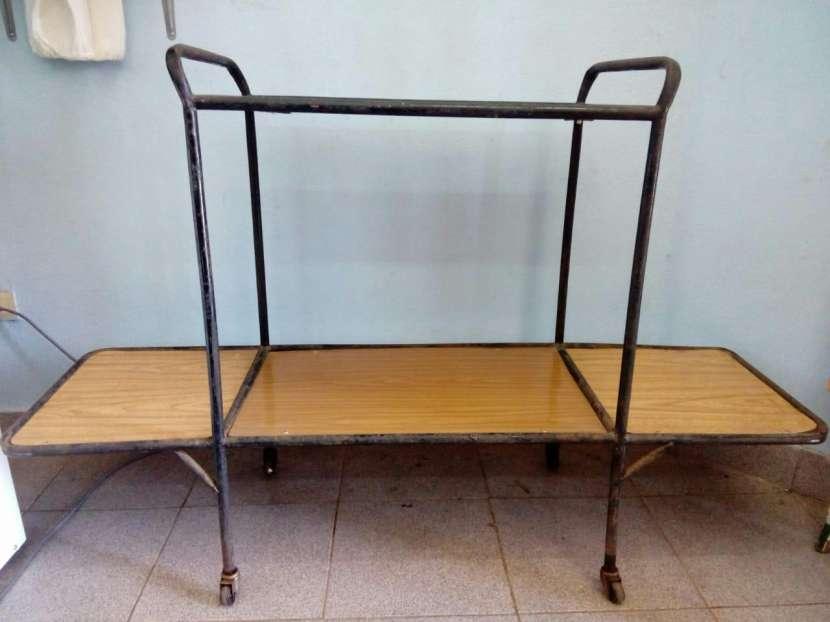 Mesa para TV - 1