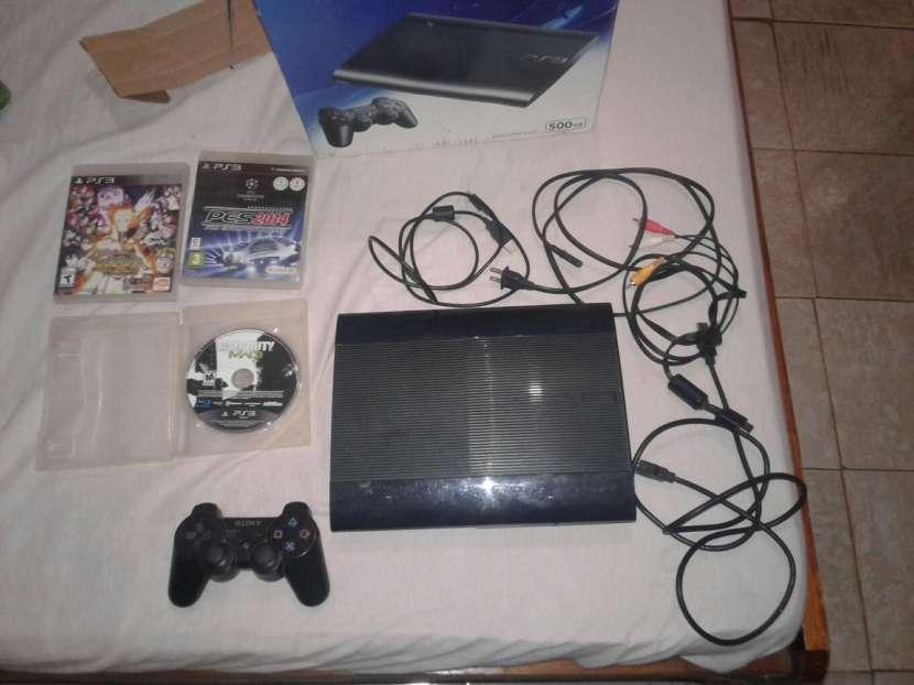 Playstation 3 de 500GB, con un control, mas 3 juegos.. - 1