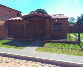 Casa a estrenar Villa Elisa centro