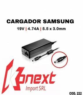 Cargador Samsung 19V 2.1A pin negro 5.5 X 3.0MM (G)