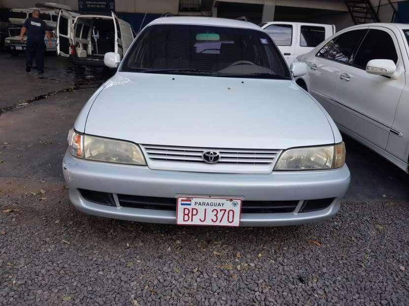 Toyota Corolla familiar - 0