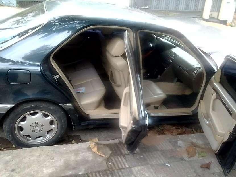 Mercedes Benz C230 - 0