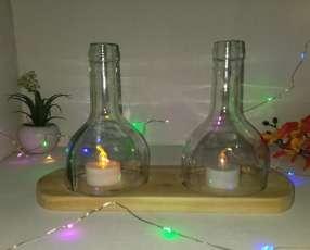 Veladores y salseros hechos de botellas de vidrio