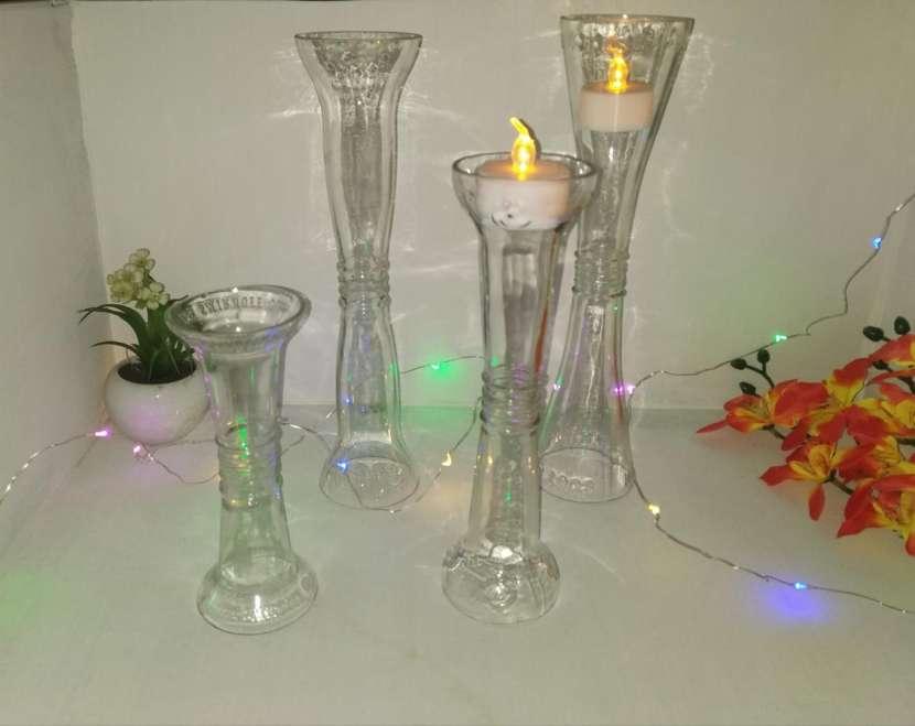 Candelabros y lámparas artesanales - 0