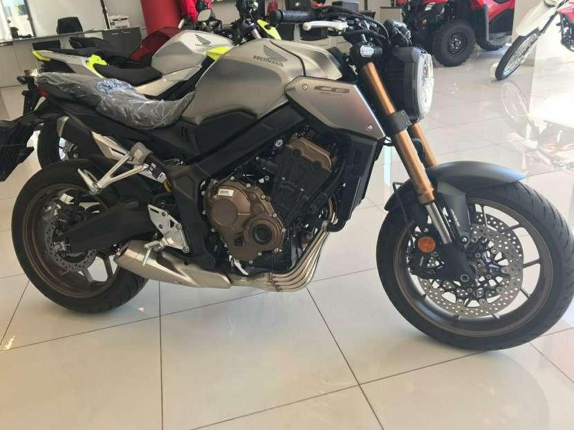 Moto Honda CB 650 R - 3