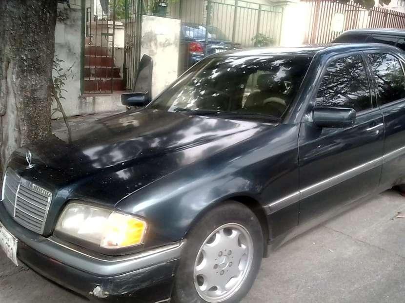 Mercedes Benz C230 - 5