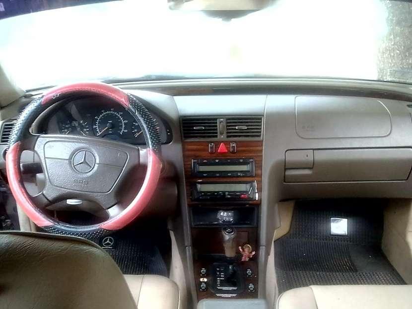 Mercedes Benz C230 - 6