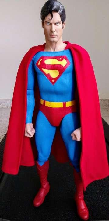 NECA Superman Escala 1/4 - 5