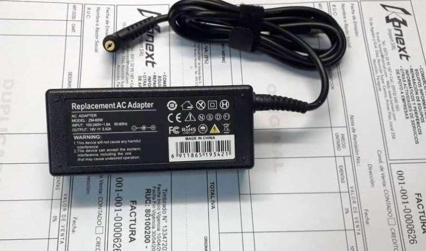 Lote de 10 Cargadores para Notebook Acer 19V 3.42A - 0