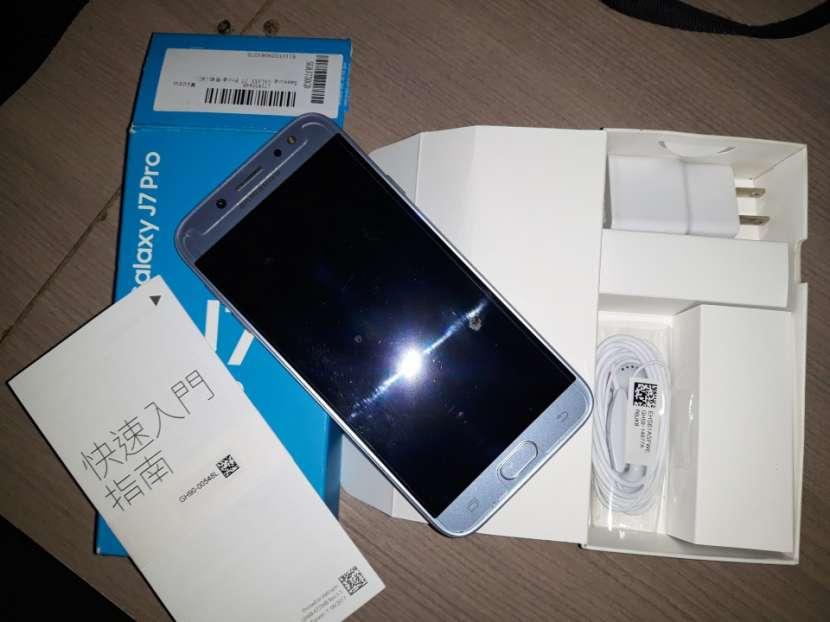 Samsung Galaxy J7 Pro - 2