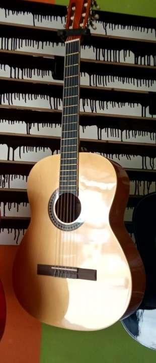 Guitarra clásica Melody - 0