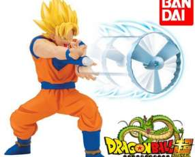 Figura Kamehameha Dragon Ball Super Goku de Bandai