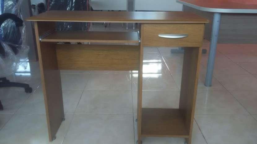 Mesa computadora hecho en MDP 12 y 15mm con silla giratoria - 1