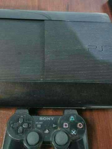 PS3 con juegos cargados - 0