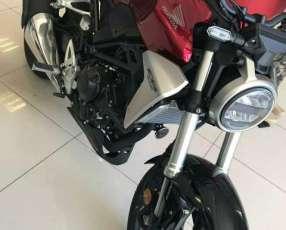 Moto Honda CB 300 R
