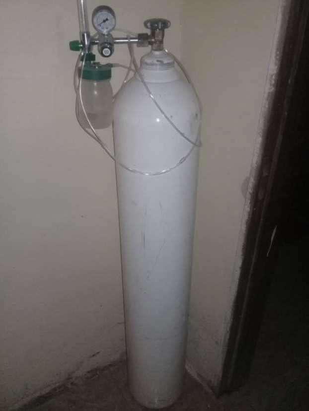 Tanque de oxigeno medicinal - 0