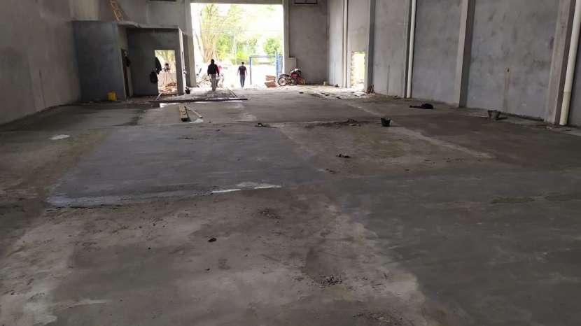 Tinglado 420 m2 a estrenar Km 6 Ciudad Del Este - 2