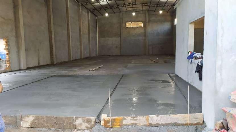 Tinglado 420 m2 a estrenar Km 6 Ciudad Del Este - 1