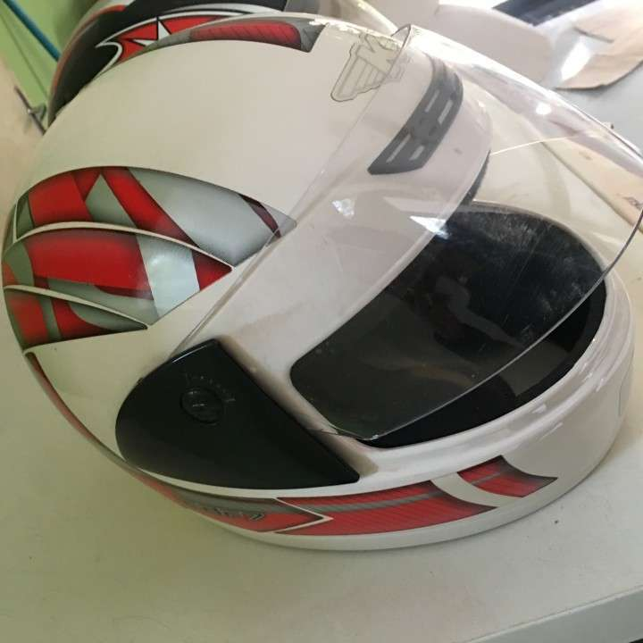 Casco para moto - 0