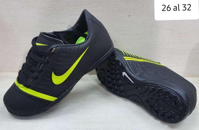 Botín Nike - 2