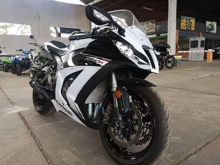 Kawasaki zx10r KRT - 1