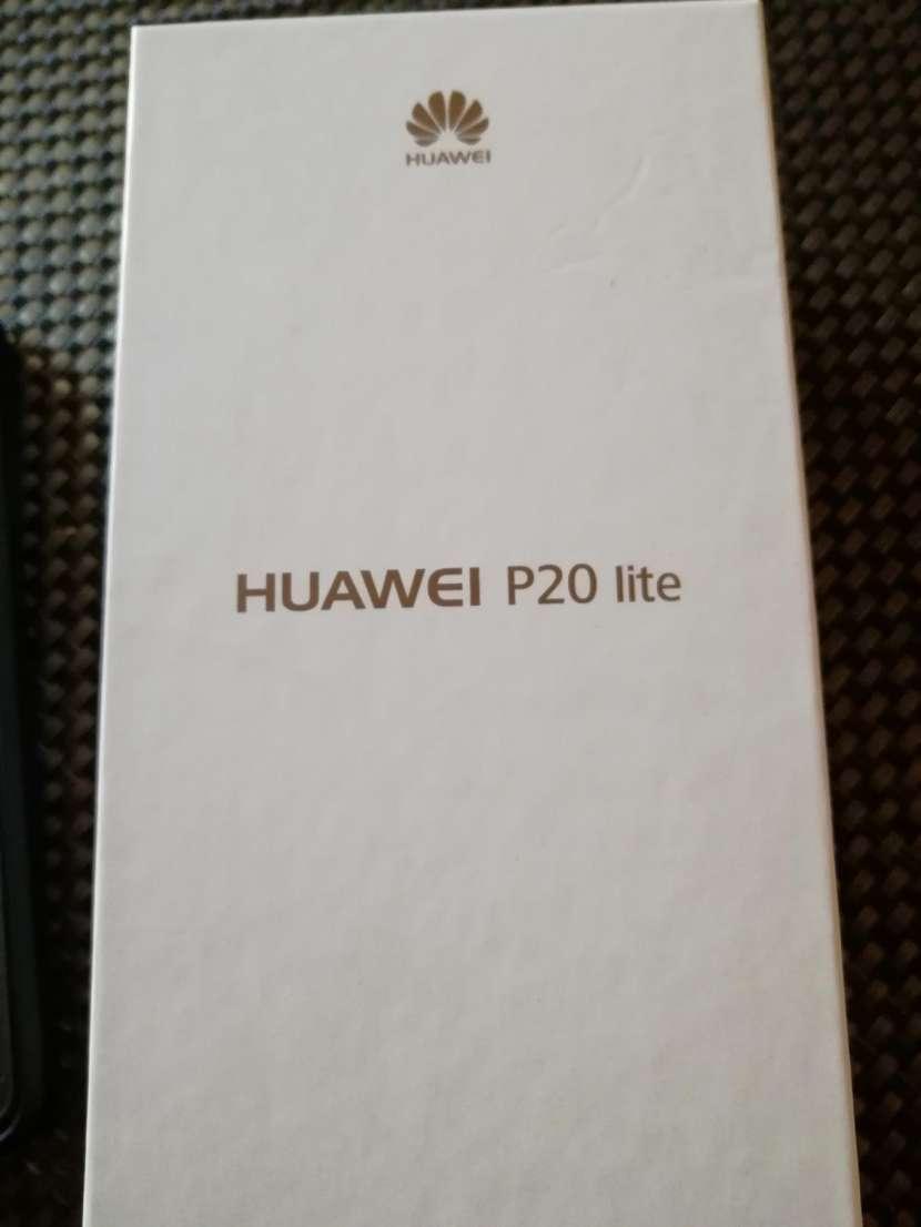 Huawei P20 Lite de 32 gb - 0