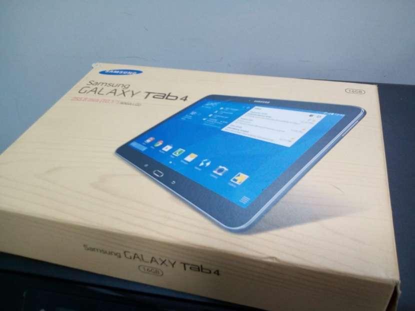 Tablet Samsung GALAXY Tab 4 - de 10 pulgadas - 0
