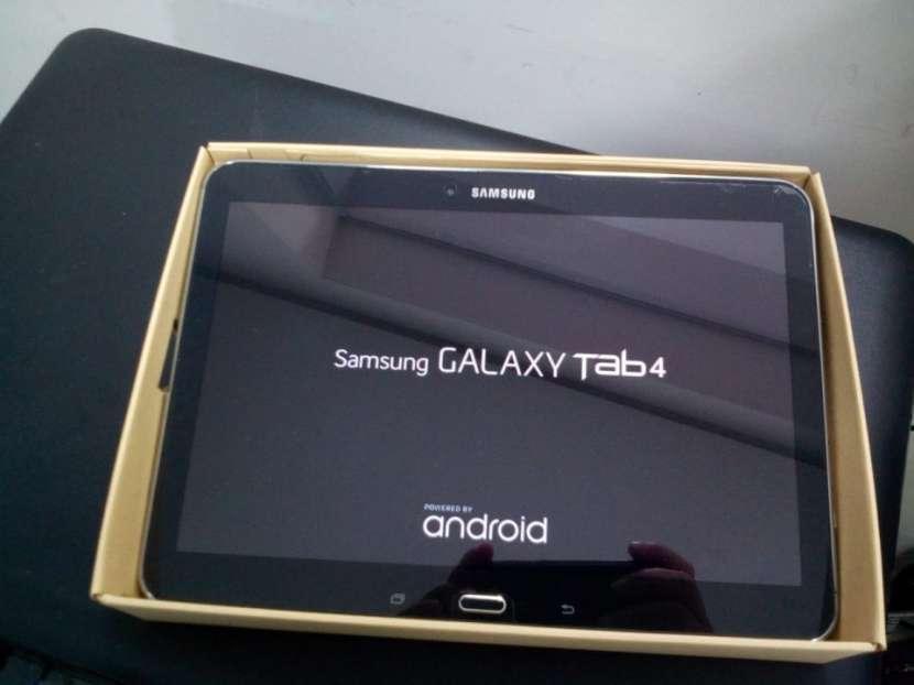 Tablet Samsung GALAXY Tab 4 - de 10 pulgadas - 2