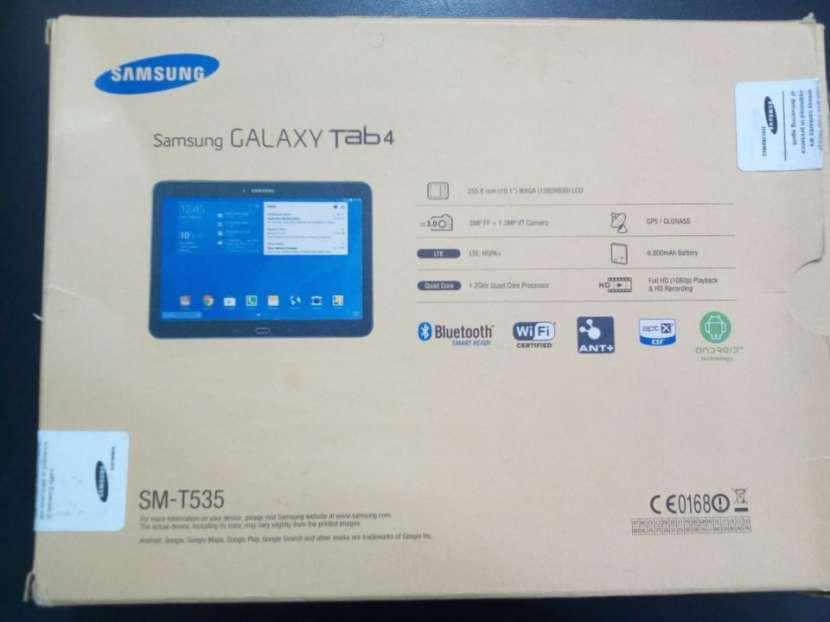 Tablet Samsung GALAXY Tab 4 - de 10 pulgadas - 1