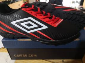 Champion Umbro todo terreno