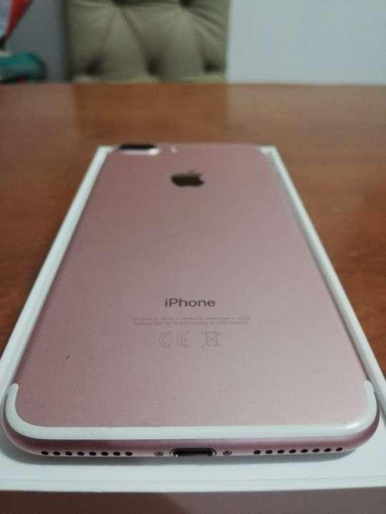 iPhone 7 Plus 32 gb Rosa - 2