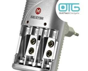Cargador eléctrico de pilas + cuatro pilas recargables AAA