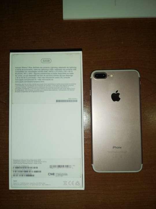 iPhone 7 Plus 32 gb Rosa - 3