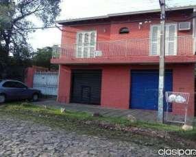Casa de 2 pisos en Mariano Roque Alonso