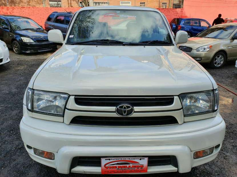 Toyota Hilux Surf 2002 - 0
