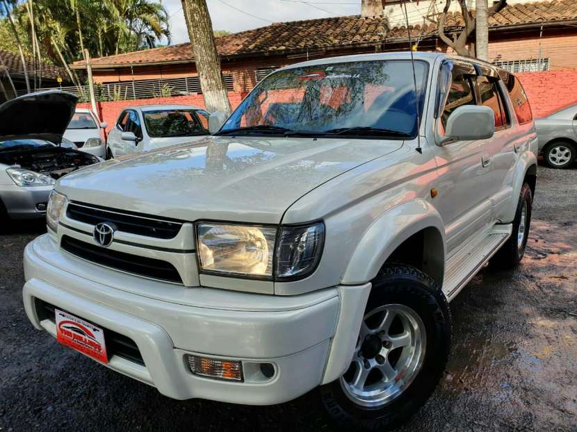 Toyota Hilux Surf 2002 - 1