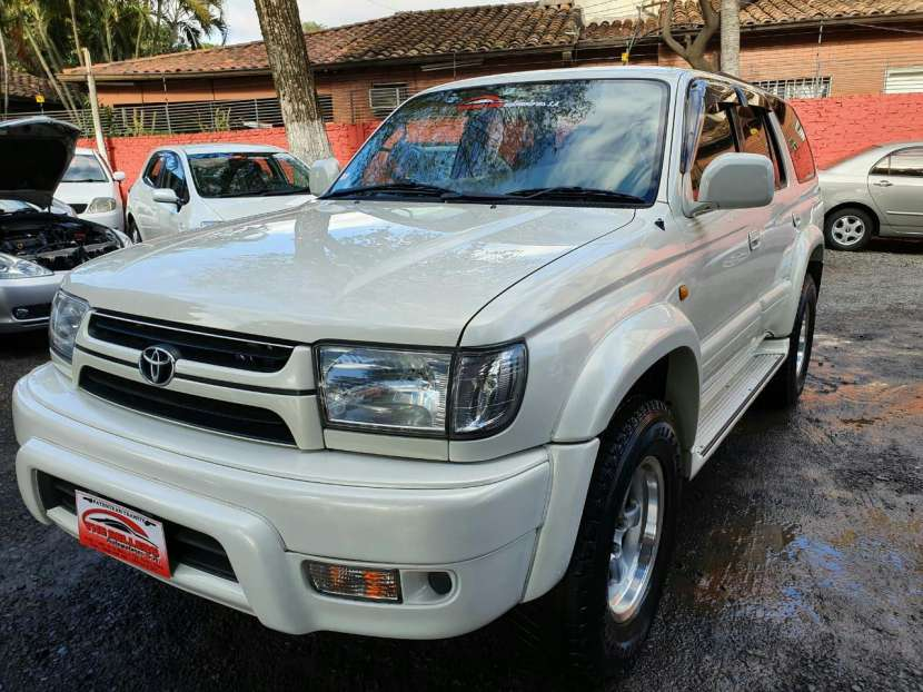 Toyota Hilux Surf 2002 - 3