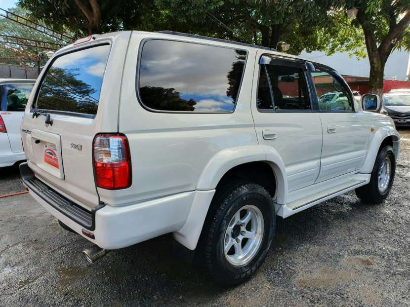 Toyota Hilux Surf 2002 - 5