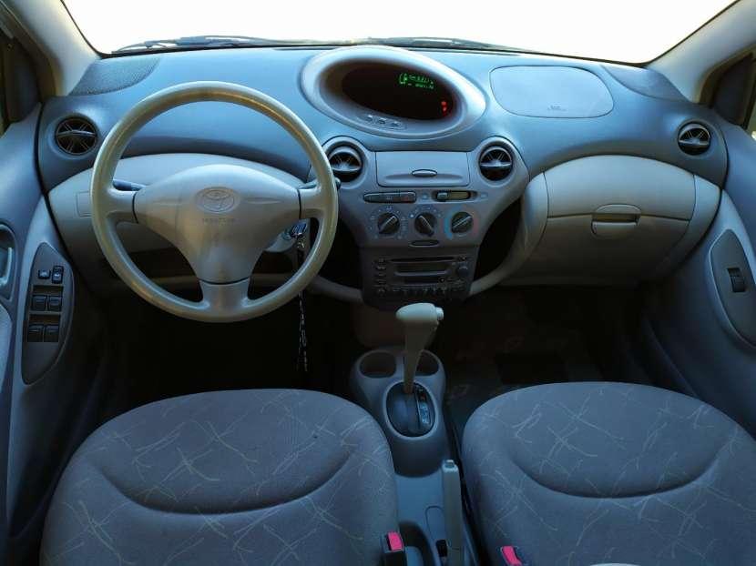 Toyota Platz 2002 - 6