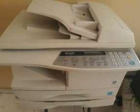Fotocopiadora láser impresora y escáner