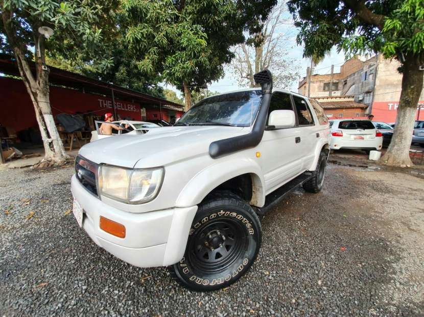 Toyota Hilux Surf 1996 - 4