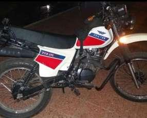 Moto kenton 150