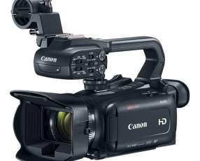 Filmadora Canon XA11