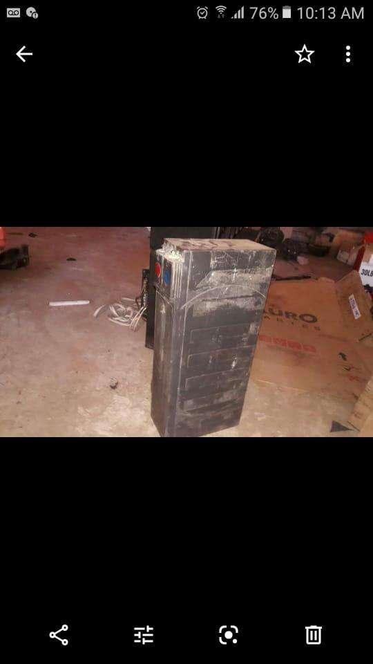 Caja con amplificador y batería seca - 1