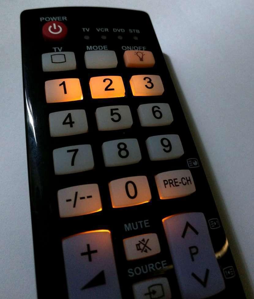 Control remoto para tv Samsung con luz - 2