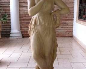 Estatuilla en Resina