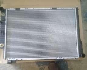 Radiador para Mercedes Benz C250