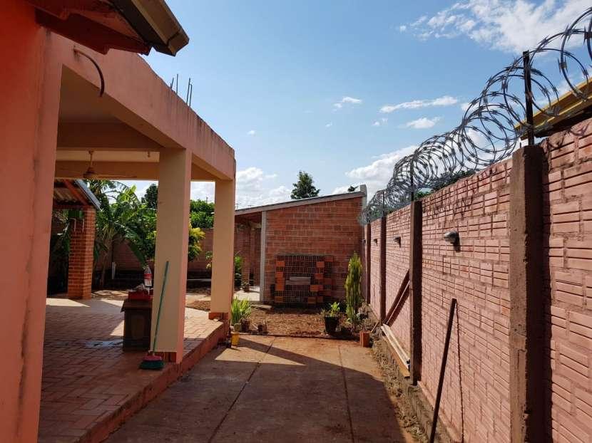 Residencia en la ciudad de Encarnación - 8
