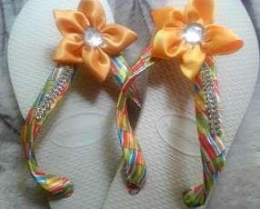 Zapatillas bordadas
